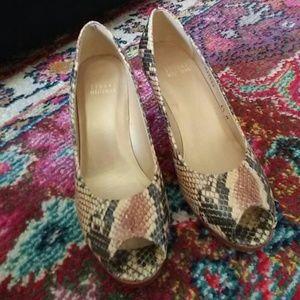 Stuart Weitzman Shoes - NWOT Stuart Weitzman snake 🐍 pumps